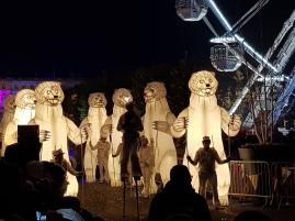 Illuminated bears